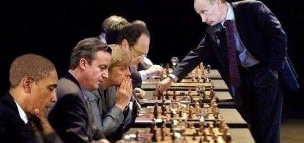 Putin-chess-European-Union-720x340-600x283