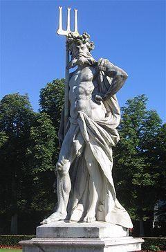 pluto 240px-Nymphenburg-Statue-3a