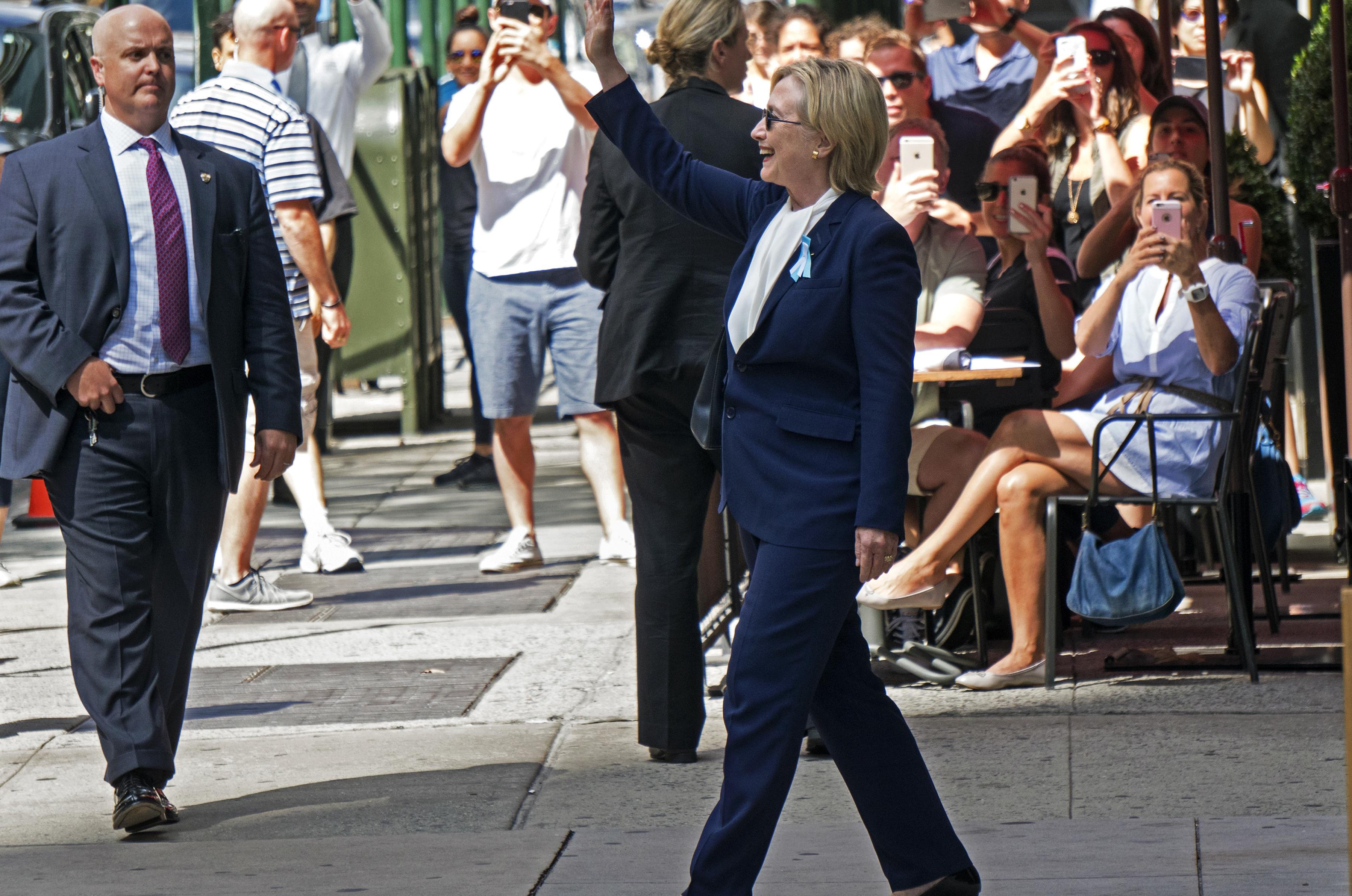 hill Campaign_2016_Clinton_JPG_E94HvjZ.jpg