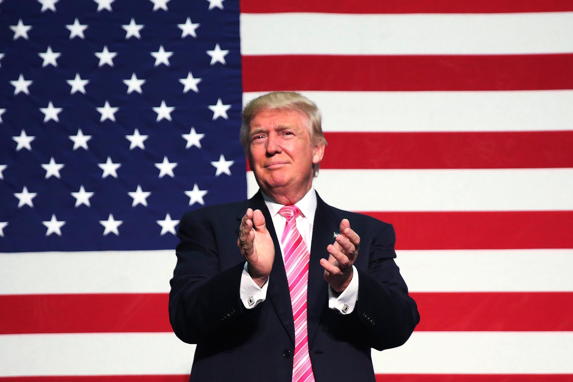 america 2016-08-21T033100Z_302761104_S1BETWQJJGAA_RTRMADP_3_USA-ELECTION-TRUMP
