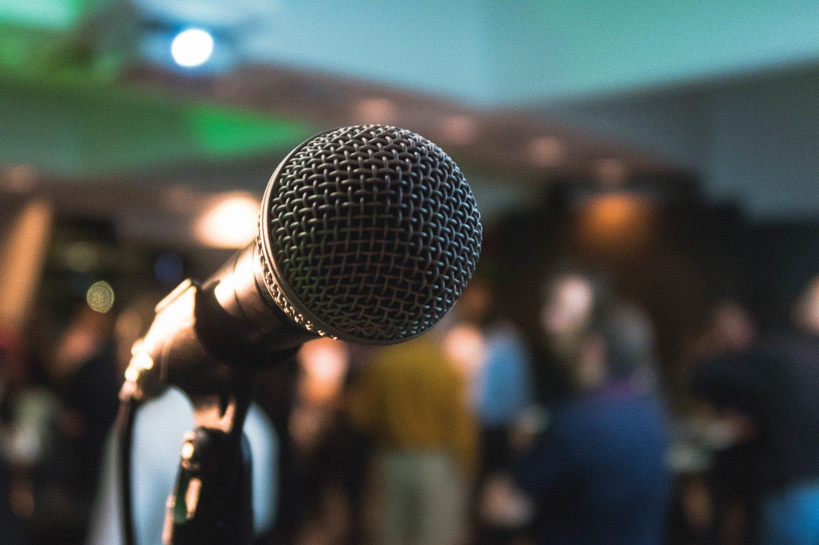 microphone 1_Cf1_fWlxcD6IxWqK8G9BNA