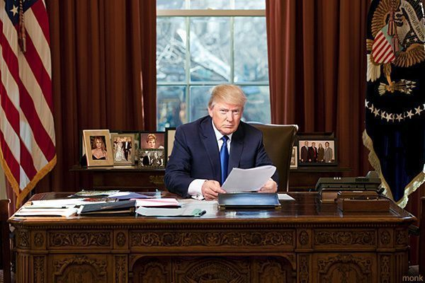 donald-trump-oval-office-images