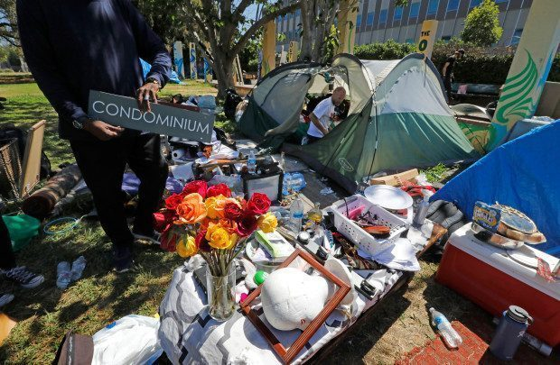 Homeless encampment removal at Mosswood Park Oakland
