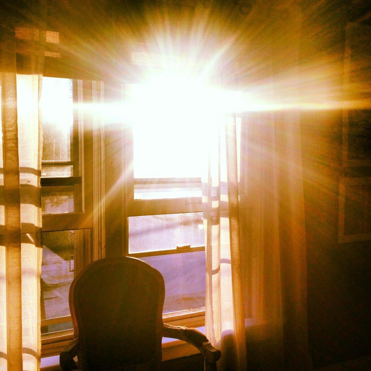The True Healing Light